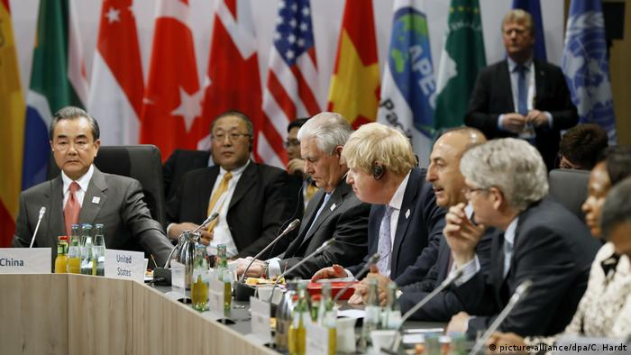 Wang Yi (China), Rex Tillerson (USA), Boris Johnson (UK) and Mevlüt Cavusoglu (Turkey) at the G20 foreign ministers meeting in Bonn on February 16