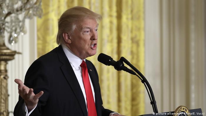 USA PK Donald Trump (picture-alliance/AP Photo/E. Vucci)
