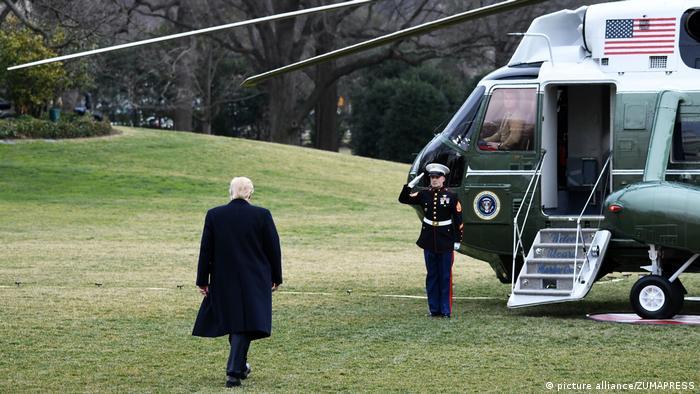 USA Donald Trump Betritt dem Marine One Helikopter auf der Andrews Air Force Base