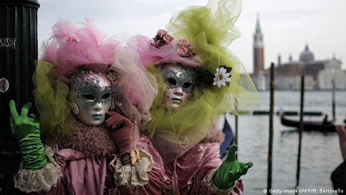 BG Karneval in Venedig (Getty Images/AFP/M. Bertorello)