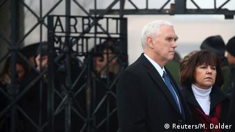 Deutschland Münchner Sicherheitskonferenz 2017 Pence Besuch KZ Dachau
