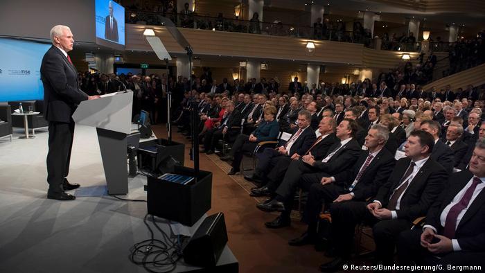 Münchner Sicherheitskonferenz 2017 | Mike Pence, USA (Reuters/Bundesregierung/G. Bergmann)