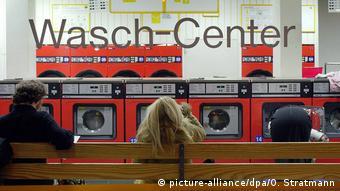Εκτός μόδας τα συμβατικά καθαριστήρια στη Γερμανία