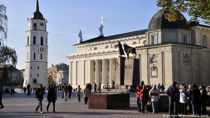 Litauen Kathedrale St. Stanislaus in Vilnius (picture-alliance/dpa/U. Gerig)
