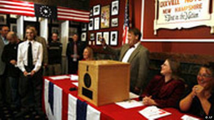 USA Präsidentschaftswahlen Wahllokal in Dixville Notch (AP)