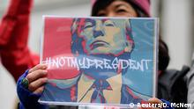 20.02.2017 People denounce policies of U.S. President Donald Trump on Presidents Day at the Not My President's Day Rally in Los Angeles, California February 20, 2017. REUTERS/David McNew FOR EDITORIAL USE ONLY. NO RESALES. NO ARCHIVES