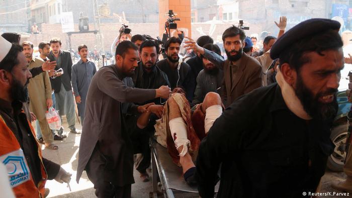 Anschlag Gerichtsgebäude Pakistan (Reuters/K.Parvez)