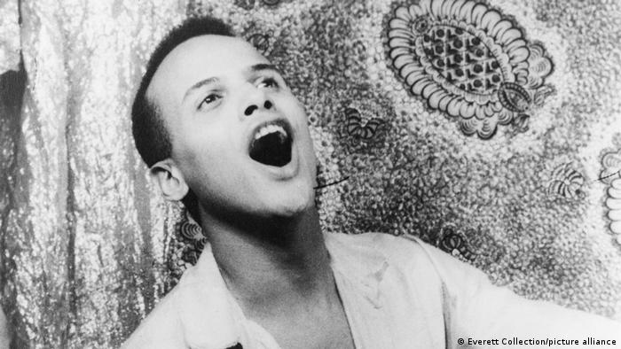 Harry Belafonte in 1954 (picture-alliance/Everett Collection)