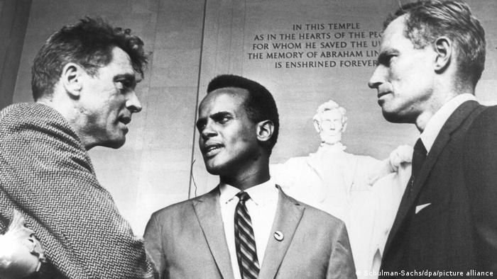 Burt Lancaster, Belafonte and Charlton Heston at the March on Washington (picture-alliance/dpa/Schulman-Sachs)