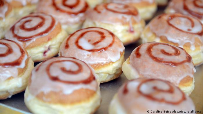 Берлинские пончики Berliner Pfannkuchen