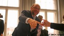 Martin Schulz sucht den Kontakt mit den Bürgern - hier beim Netzwerk Gesunde Kinder im brandenburgischen Lübben