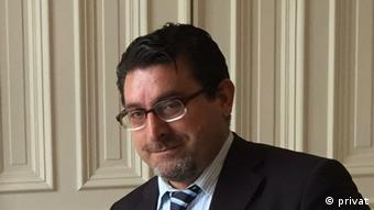 Mahmut Erdem, Rechtsanwalt für Flüchtlinge in Hamburg Mahmut Erdem, Rechtsanwalt für Flüchtlinge in Hamburg Deutschland Mahmut Erdem Rechtsanwalt für Flüchtlinge in Hamburg