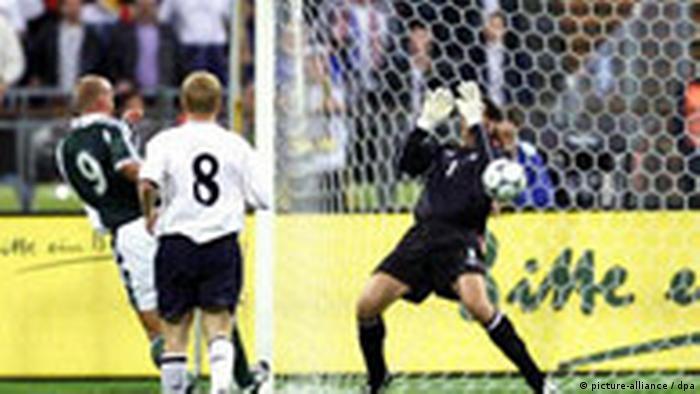 Fußball WM Qualifikation Deutschland England 2001 in München (picture-alliance / dpa)