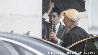 Η Κριστίν Λαγκάρντ δεν έχει εγκαταλείψει το αίτημα για ελάφρυνση του ελληνικού χρέους