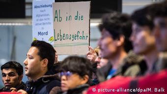 München Demonstration gegen Abschiebung von Flüchtlingen