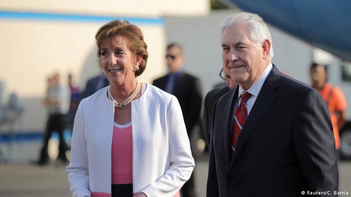 Mexiko US-Außenminister Tillerson und Jacobson Benito Juarez international Airport (Reuters/C. Barria)