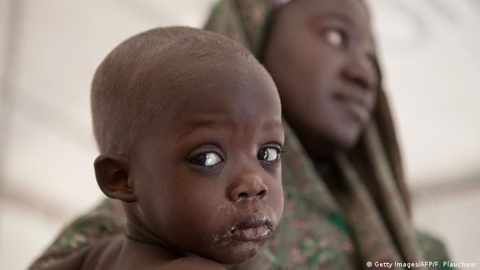 Nigeria picture of a mother and child