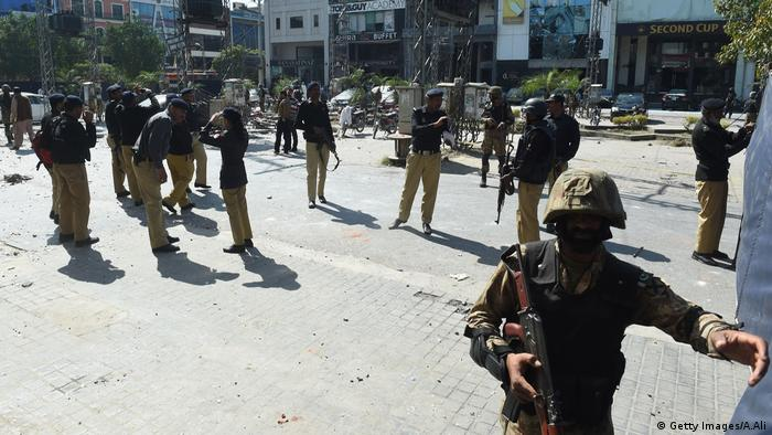 Al menos ocho personas murieron a causa de una explosión en un barrio acomodado de Lahore, en el este de Pakistán, informó hoy el ministro de Justicia de la provincia de Punjab, Rana Sanaullah. (23.02.2017).