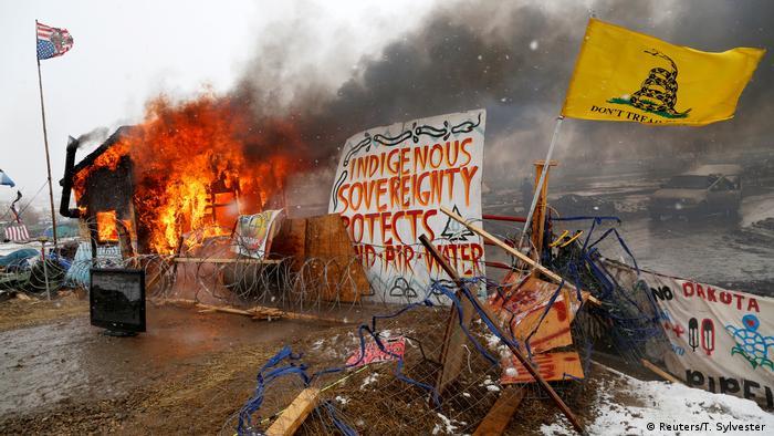 USA Protestlager gegen umstrittene Ölpipeline geräumt