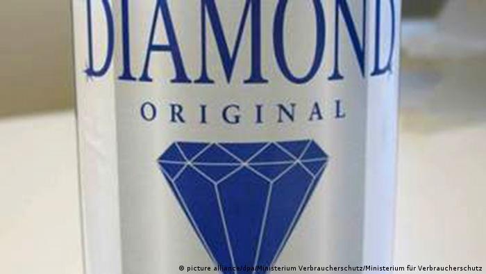 Бутылка фальшивой водки Diamond Vodka