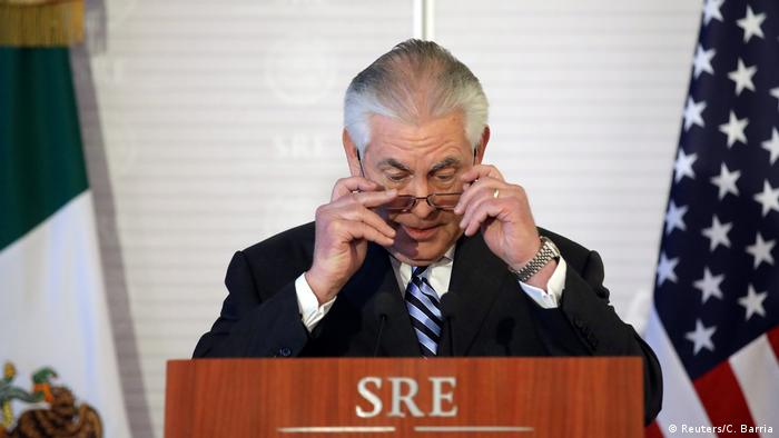 Mexiko Treffen US Außenminister Tillerson mit Amtskollege Luis Videgaray (Reuters/C. Barria)