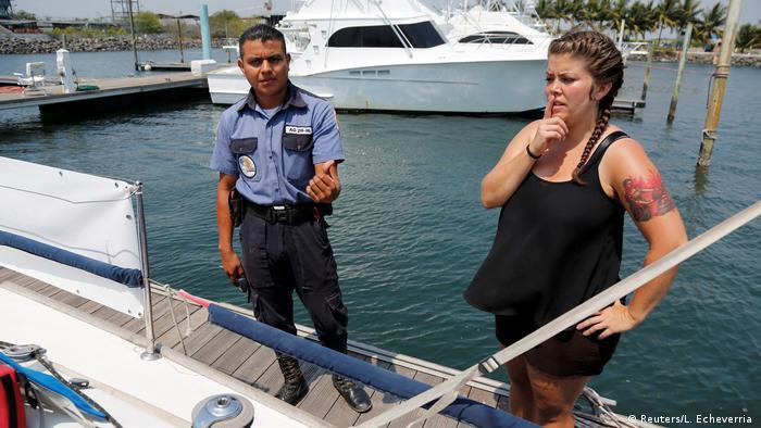 Guatemala Abtreibungsschiff aus den Niederlanden (Reuters/L. Echeverria )
