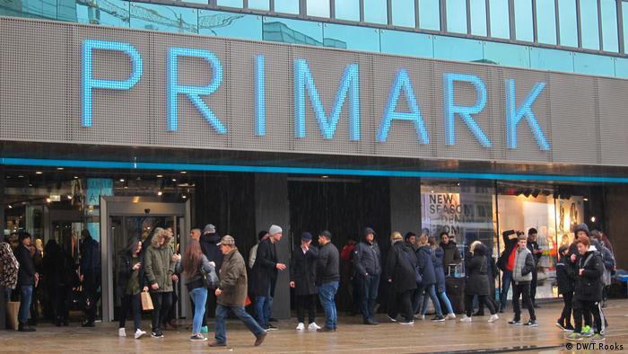 Primark - Berlin (DW/T.Rooks)