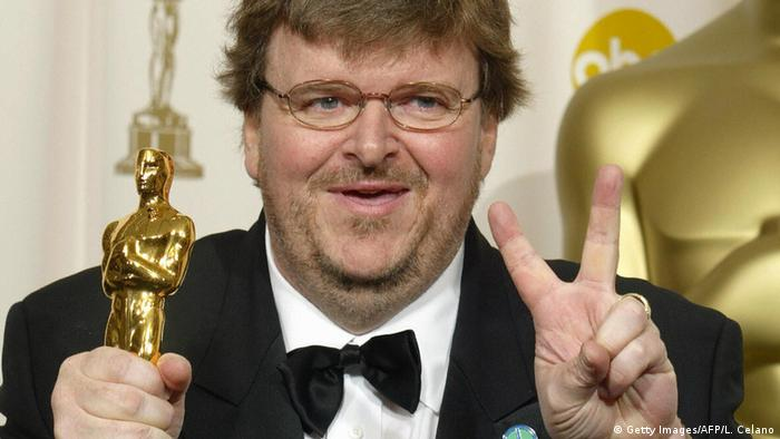 Michael Moore receiving an Oscar in 2003 (Getty Images/AFP/L. Celano)