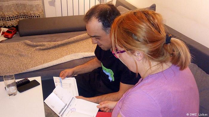Bosnien und Herzegowina Mirsada und Jasmin (DW/Z. Ljubas)