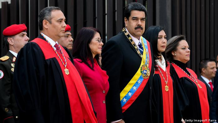 Venezuelan Supreme Court First Vice-President Maikel Moreno, First Lady and deputy Cilia Flores, Venezuelan President Nicolas Maduro, the President of the Supreme Court of Justice Gladys Maria Gutierrez and Supreme Court Second Vice-President Indira Alfonzo, receive military honors upon their arrival at the Supreme Court in Caracas on January
