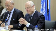 25.02.2017 +++UN Special Envoy for Syria Staffan de Mistura, right, attends a meeting of Intra-Syria peace talks with Syrian government delegation at Palais des Nations in Geneva, Switzerland, Saturday, Feb. 25, 2017. (Pierre Albouy/Pool Photo via AP) |