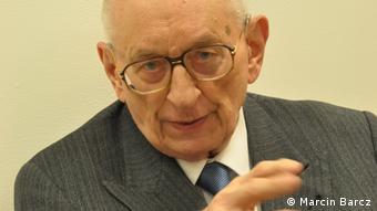 Владислав Бартошевский