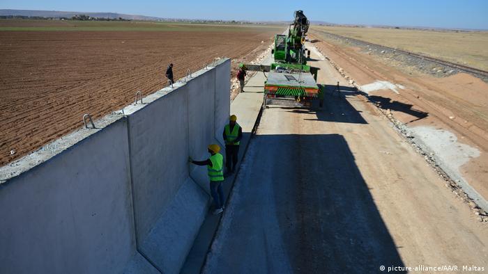 Türkei Mauerbau an syrischer Grenze