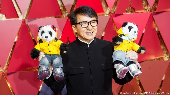 USA Los Angeles Oscars 89. Academy Awards - Jackie Chan (picture-alliance/ZUMAPRESS.com/Y. Lei)