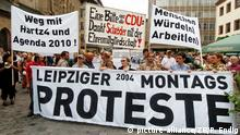 Deutschland - Montagsdemonstration in Leipzig (picture-alliance/ZB/P. Endig)