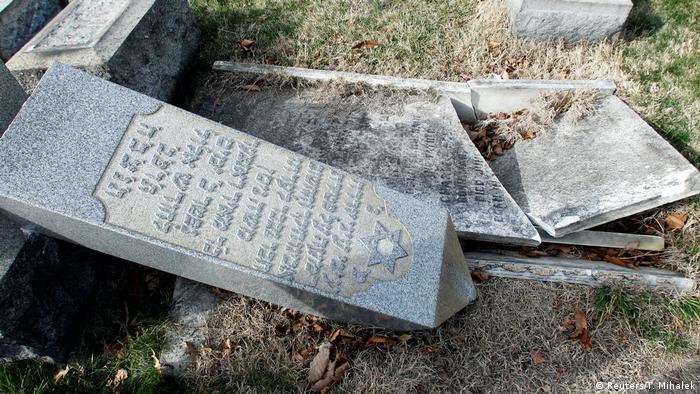 USA Philadelphia - Jüdischer Friedhof geschändet