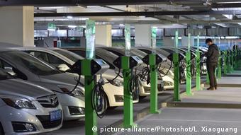 Зарядные станции для электромобилей в Китае