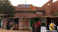 DW_Fespaco4: Das Fespaco findet bereits zum 25. Mal statt und ist das wichtigste Filmfestival Afrikas Schlagworte: Afrikanischer Film, Burkina Faso, Ouagadougou, Fespaco Wer hat das Bild gemacht/Fotograf?: Katrin Gänsler Wann wurde das Bild gemacht?: 25. Februar 2017 Wo wurde das Bild aufgenommen?: Ouagadougou, Burkina Faso