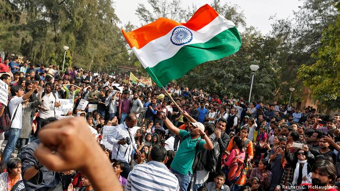 Indien Studentenproteste an der Uni in Neu Delhi (Reuters/C. McNaughton)