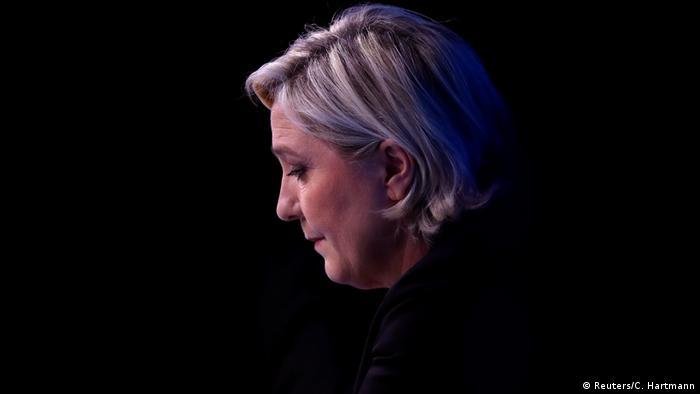 Frankreich Marine Le Pen in Paris (Reuters/C. Hartmann)