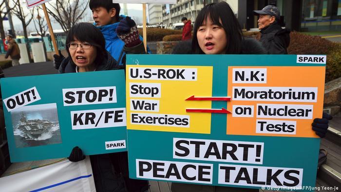 Pacifistas surcoreanos han protestado contra los ejercicios militares. (Getty Images/AFP/Jung Yeon-Je)