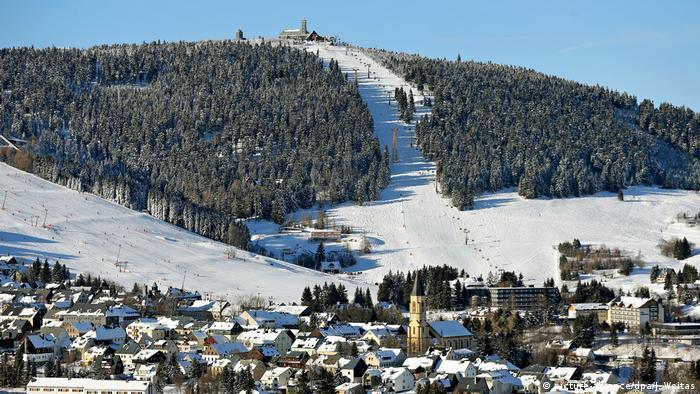 Erzgebirge - Winter auf dem Fichtelberg (picture-alliance/dpa/J. Woitas)