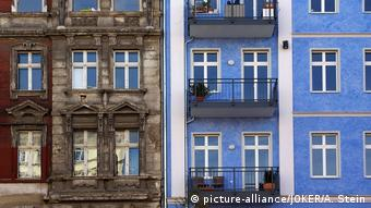 Όλο και ανεβαίνουν οι τιμές των ακινήτων στο Βερολίνο (picture-alliance/JOKER/A. Stein)