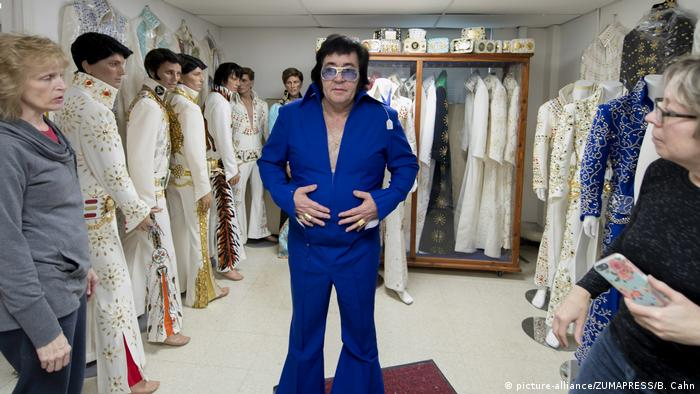 Elvis jumpsuits from B&K (picture-alliance/ZUMAPRESS/B. Cahn)