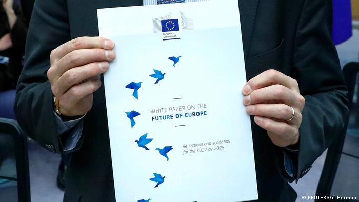 Belgien   EU-Kommissionspräsident Jucker stellt neues Weißpapier vor