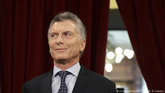 Argentina election gives president a legislative majority