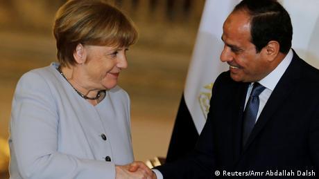 ميركل مع السيسي في القاهرة.