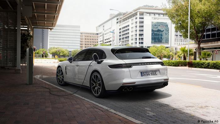 Panamera 4 E-Hybrid da Porsche