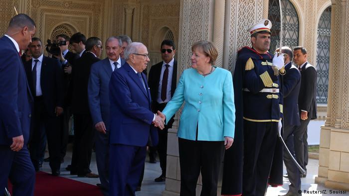 Tunesien Besuch Merkel bei Präsident Beji Caid Essebsi (Reuters/Z. Souissi)