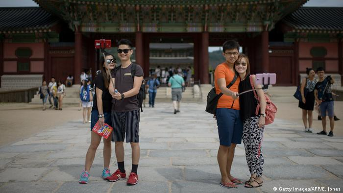Südkorea Seoul - Chinesische Touristen am Gyeongbokgung Palace (Getty Images/AFP/E. Jones)